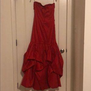 Jessica McClintock Dresses - Jessica McClintock Gown- Red